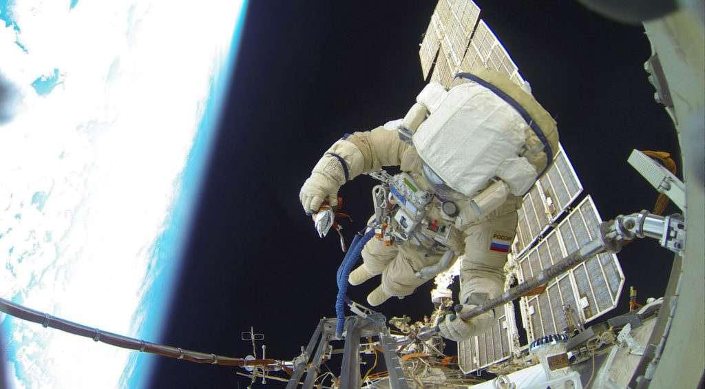 Космонавты, прославившие Оренбуржье