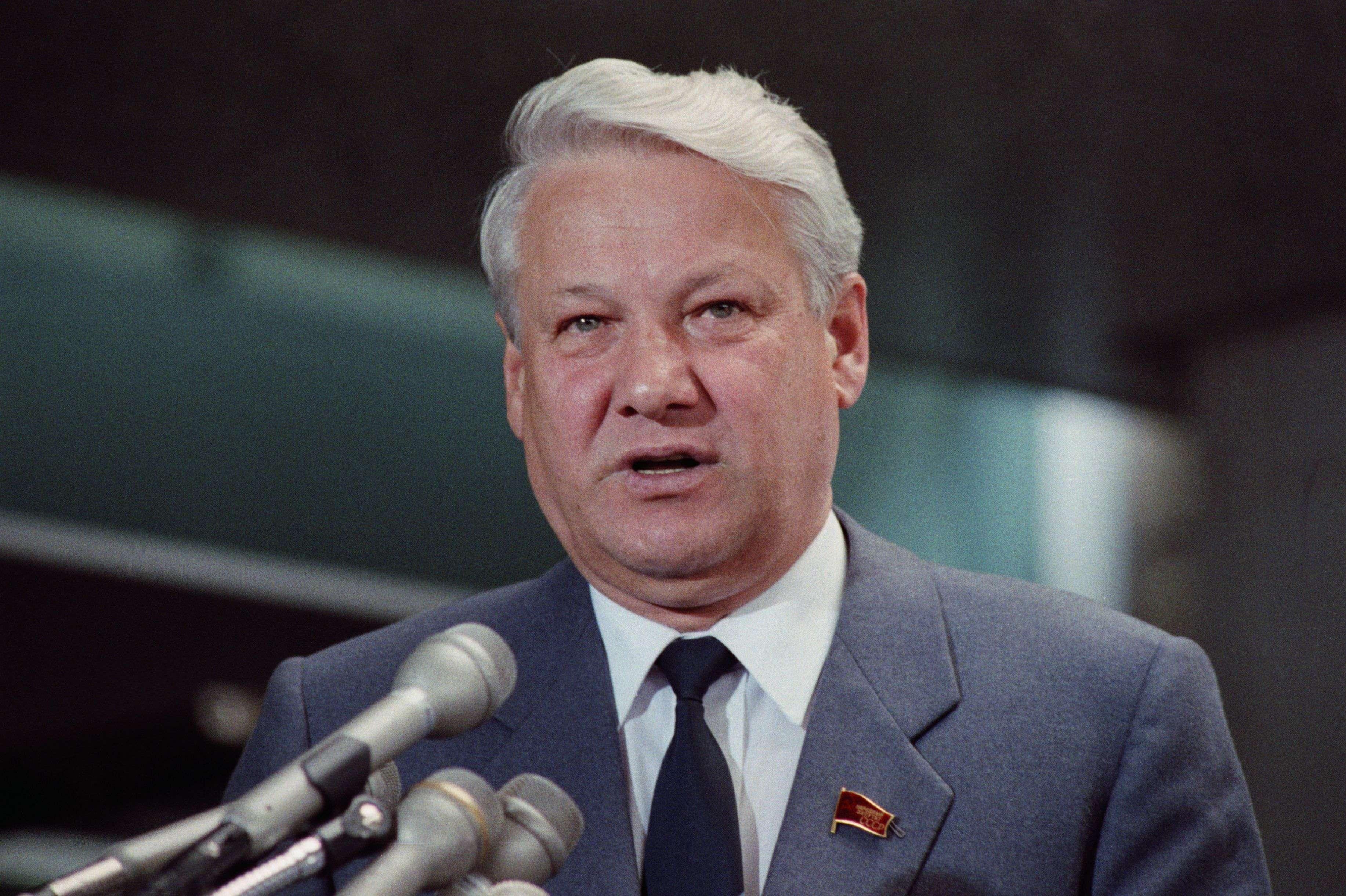 Преемник Горбачёва и первый президент России — Борис Ельцин