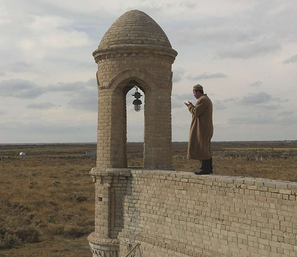 Баба-ата - мертвый город в степях Казахстана