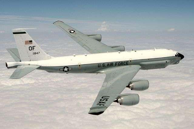 СУ-27 перехватил американского шпиона